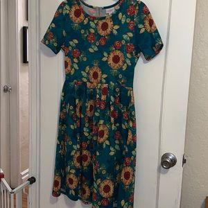 LuLaRoe Amelia sunflower dress